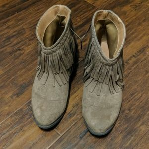 Qupid fringe ankle boots